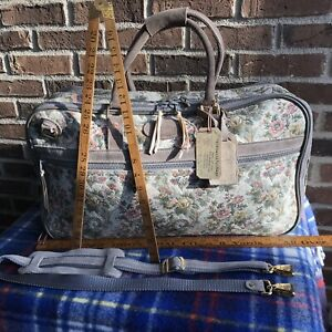 EUC-VINTAGE-1980s-FLORAL-TAPESTRY-CANVAS-WOMENS-CARRY-ON-DUFFLE-TRAVEL-BAG-R-998