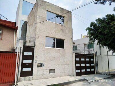 Edificio en Venta con 2 departamentos, Col. Campestre Coyoacán