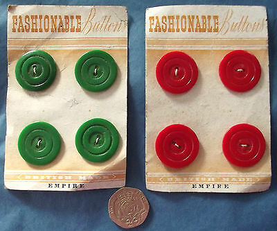 """4 vintage buttons on original card FASHIONABLE BUTTONS red or green 7/8"""""""