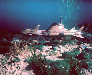 Tv s 1970 ufo skydiver 1 submarine at ocean floor color for 10 facts about the ocean floor