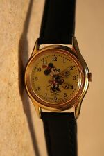 Womens Vintage Disney Lorus Minnie Mouse Watch (Goldtone)-(Black Band)-Nice