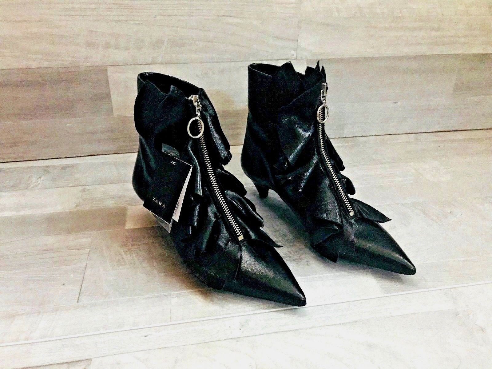 Zara mujer Zapatos Zapatos Zapatos botas Taco Alto con volantes de cuero negro con cremallera Talla EE. UU. 5 EUR 35 93f439