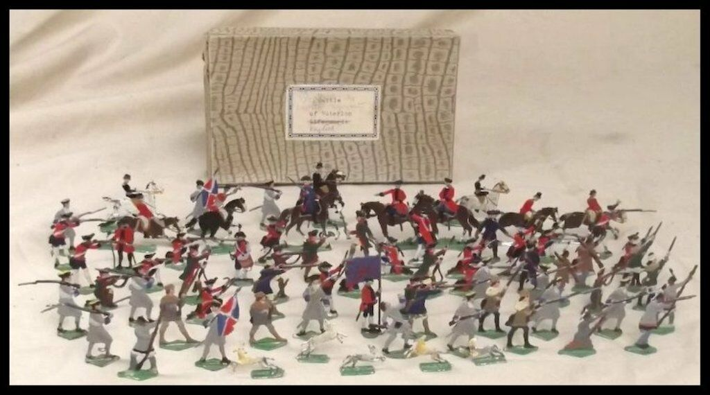 Vintage Tin Flats  Battle of Waterloo Lifeguards  Soldiers, 72 Figure Set