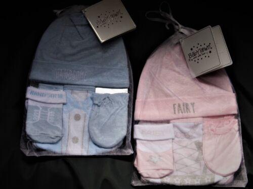 BABYBOY//  GIRL 4 PIECE GIFT SETS WITH HAT,BANDANA BIB MITTS /& SOCKS 0-6 MTHS