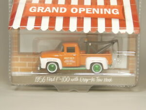 Greenlight-1-64-Green-Machine-1956-Ford-F-100-with-Diop-In-Two-Hook-Diecast-car
