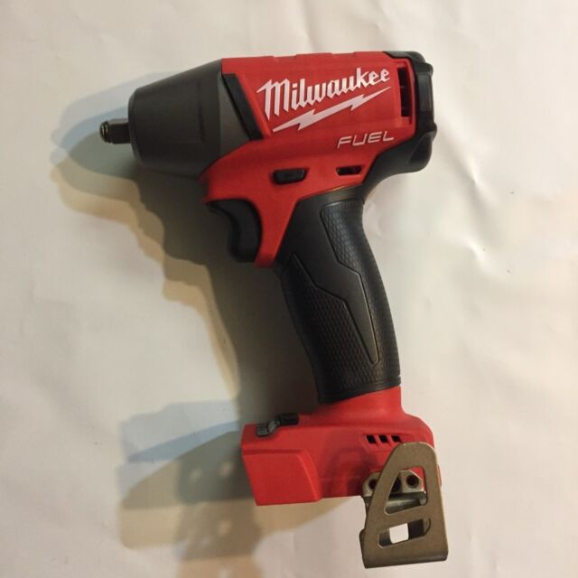 Impact Wrench with Friction Ring Milwaukee 2852-20 M18 Fuel 18-Volt Lithium-Ion Brushless Cordless Mid Torque 3//8 in Tool-Only