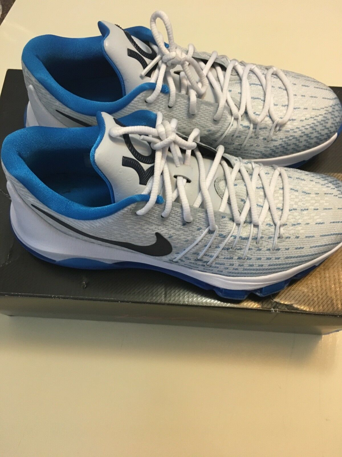 Men's KD8 Size Size Size 8.5. White bluee. Very good condition. c77d2a