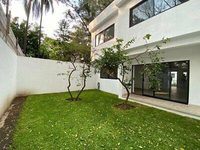 Venta Casa en Fraccionamiento con entorno arbolado Norte de Cuernavaca