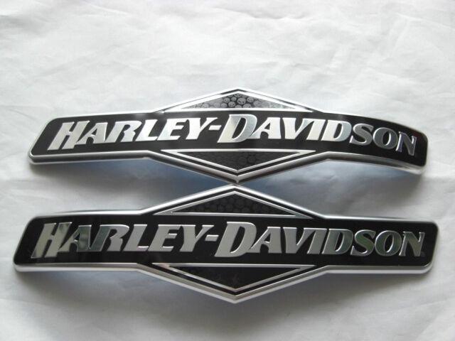 Harley Davidson Skull Tankschilder Tankembleme Tank Embleme 62299-06 & 62300-06