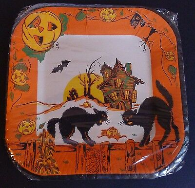 """8 Vintage Halloween Paper Plates Reed's 6"""" JOL Haunted House Cats Fence Bat NOS"""
