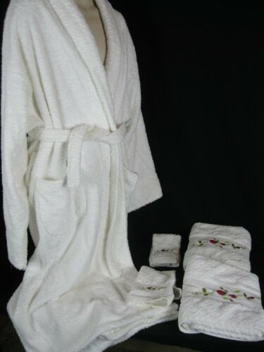 """White Terry Cloth  Spa Robe """"Chelsea Collection"""" W"""