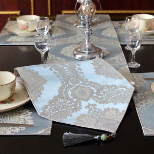 Modern Luxury Jacquard Floral Table Runner Tassels Tablecloth Party Table Decor
