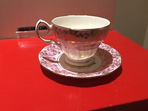 QUEEN-ANNE-Gold-on-White-Pink-Tea-Cup-amp-Saucer-Bone-China-England