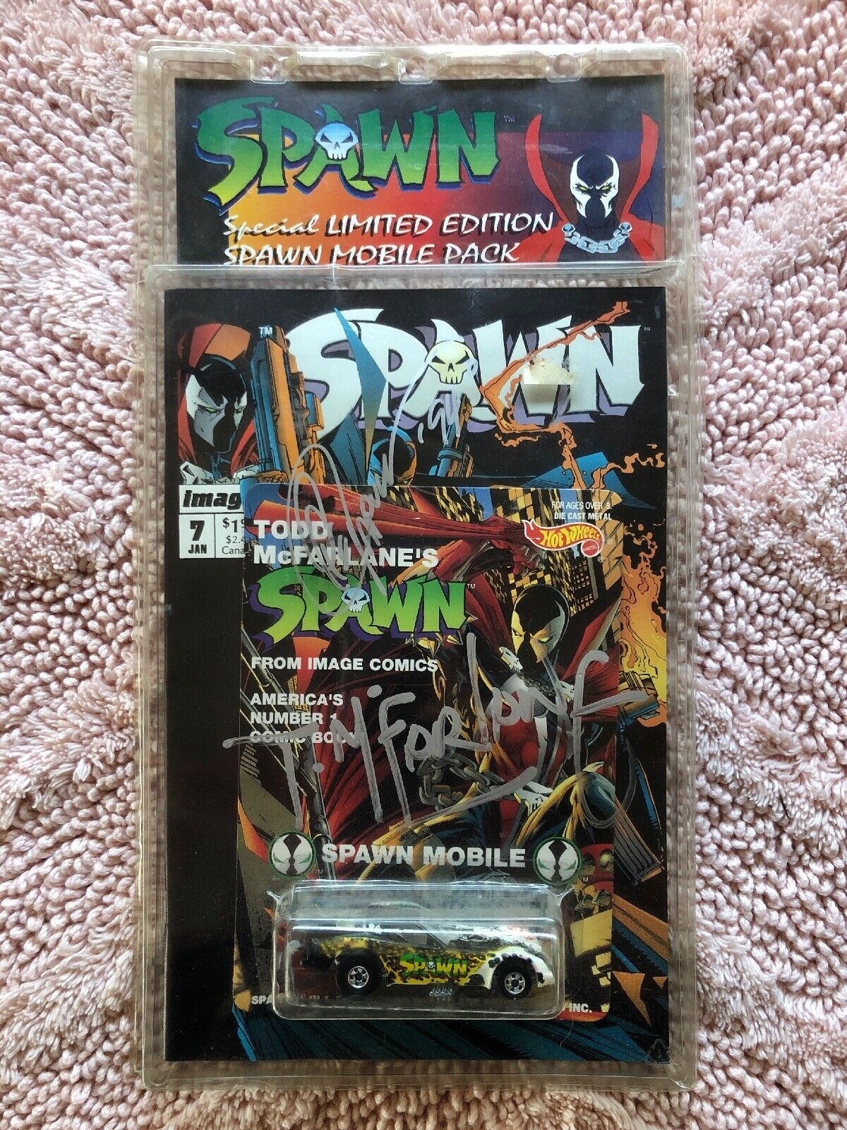 Hot Wheels Spawn Mobile Die Cast Car Signed Todd McFarlane
