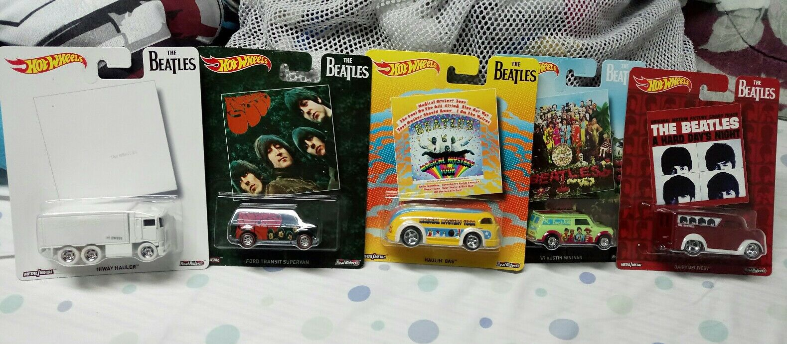 2017 Hot Wheels - Pop Culture- The Beatles - Complete 5 Car Set