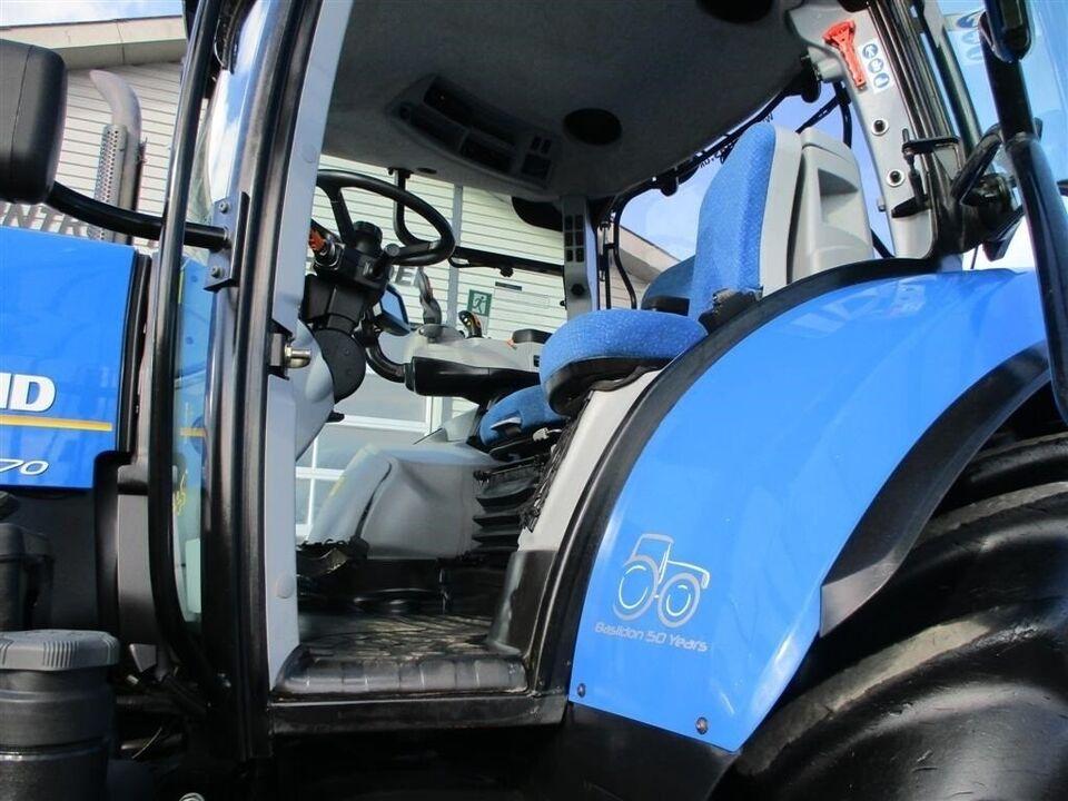 New Holland, T7.270 AC Med frontlift, timer 2984
