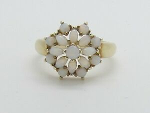 Stunning-9ct-Gold-Opal-Cluster-Dress-Ring