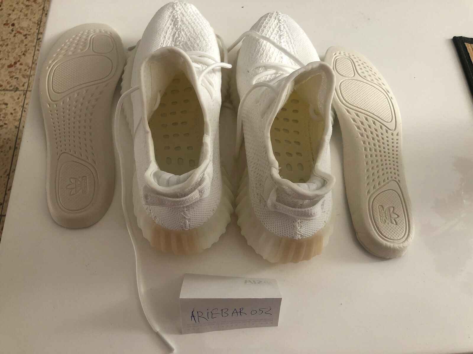 Adidas Yeezy Boost 350 blanc Collor taille 41 (1 3)