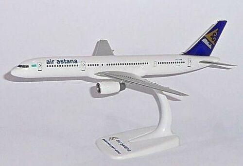 AIR ASTANA Boeing 757-200 Scala 1:200 Aereo Modellino Da Collezione