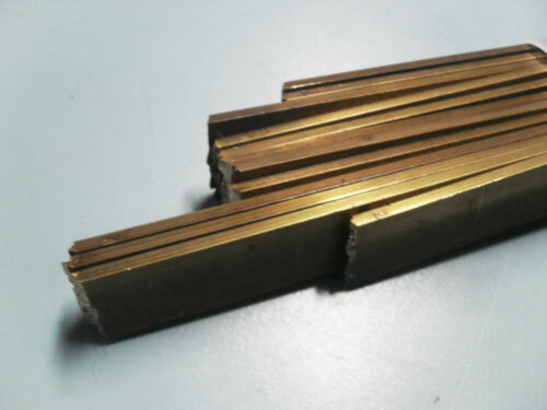 Flachmaterial Vierkant Messing 18x3mm / 250mm lang