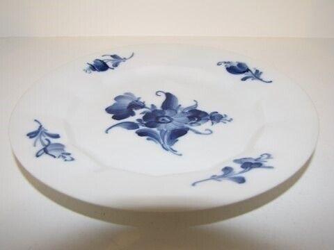 Porcelæn, Blå Blomst Kantet  Kagetallerken 15,5 cm.