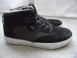 Image is loading Globe-Motley-Mid-Skate-Shoes-Black-Suede-Women- 497d46fa00