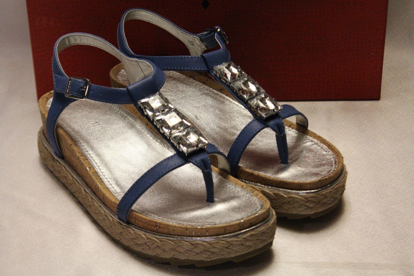 NEW  DONALD J PLINER Capri Blau CLEO Platform Wedge Thong Sandale Sz 7.5 8