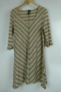 TS-Tunic-top-Sz-XS-14-Grey-beige-chevron-stripe