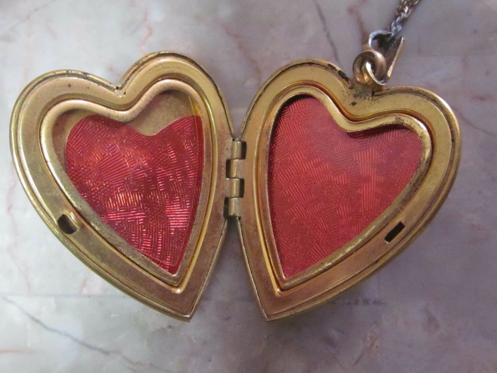 Vintage Mother of Pearl Religious Locket - image 2