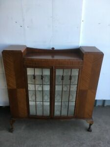 1940-039-s-Display-Cabinet