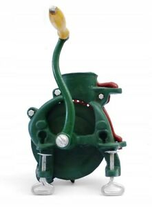 Maisrebler-Entkoerner-Mais-Entkoernungsgeraet-Maisentkoerner-Kerbl-Maiskolben-M050