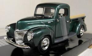 Motormax-1-24-Scale-1940-Ford-Pickup-Metallic-Green-Diecast-model-car