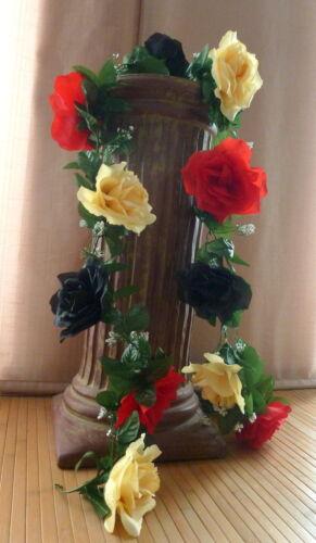 Rosengirlande Deutschland  schwarz 12 cm gelb    ca .250 cm  Blüte ca rot