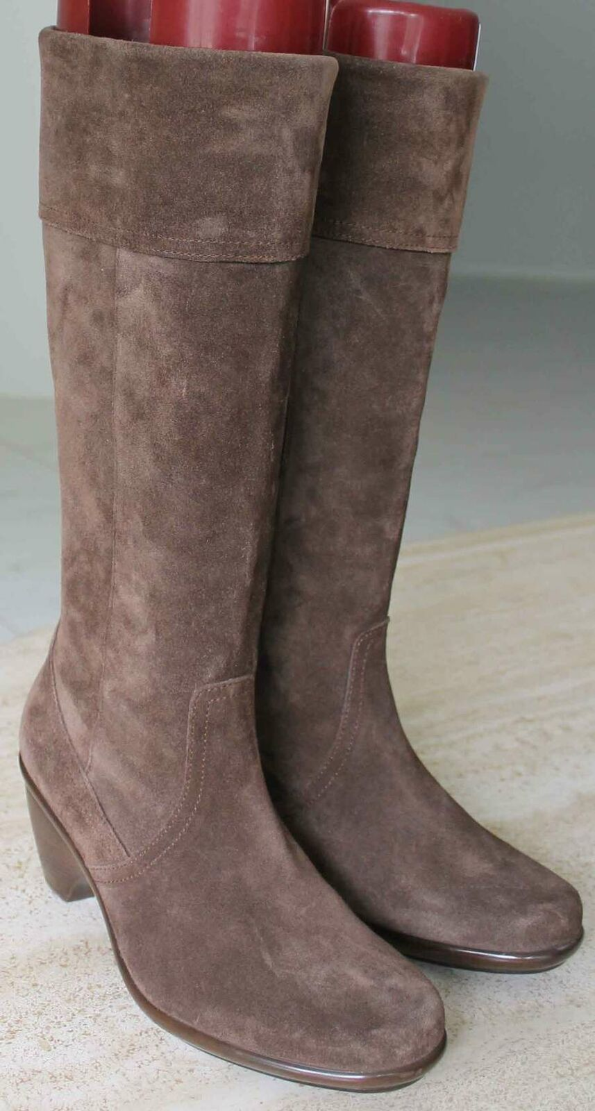 Dansko Tall Suede Leather Boots Womens 37 37 37   7 MED   New d592f0