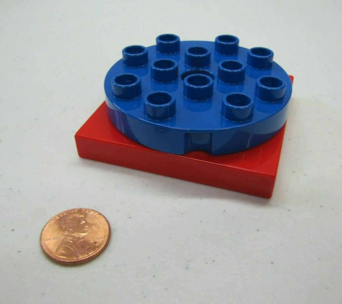 Rare Lego Duplo PINK /& BLUE TURNTABLE SWIVEL Turn Table BLOCK Specialty Part