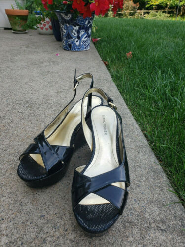 Cute & Classy Marc Fisher Sandals Patent Black siz