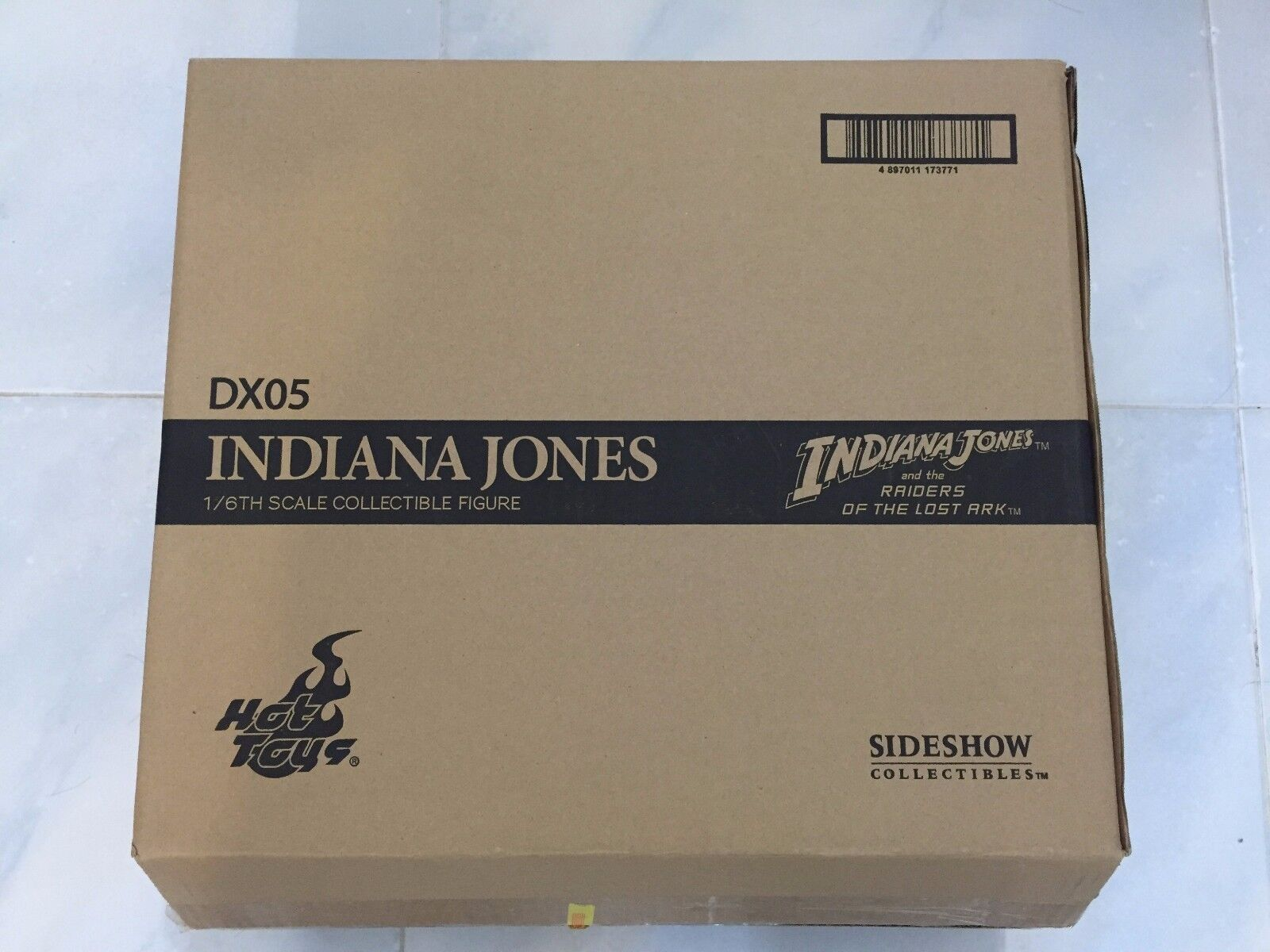 Hot Toys DX05 Indiana Jones Raiders Of DX 05 el Arca Perdida Harrison Ford abierto