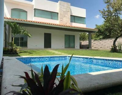 Se vende casa en condominio de 4 recámaras con alberca en Lomas de Jiutepec, Morelos en Residenci...