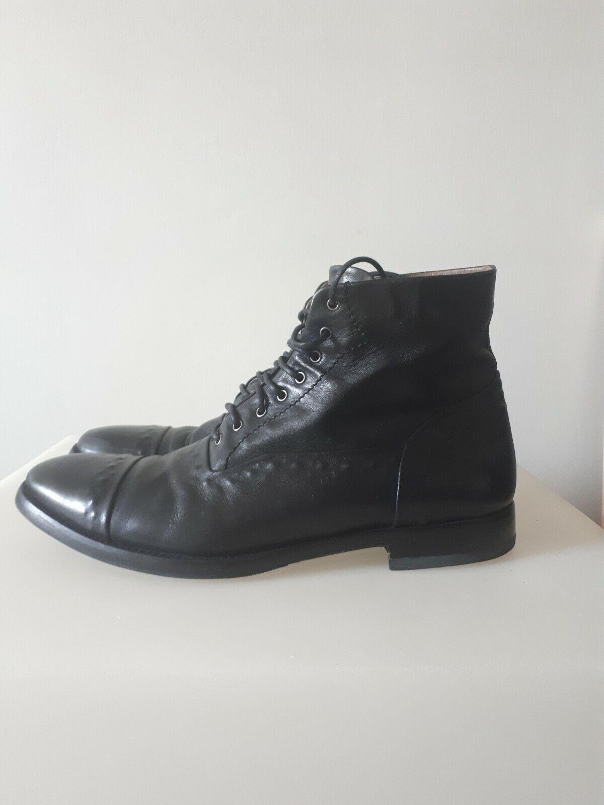 Alexander McQueen Chaussures en Cuir en Noir Taille 41 UE - 7 UK