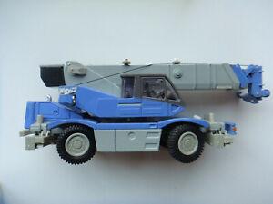 Wing-250-Kumatsu-Rough-Terrain-crane-1-50-new