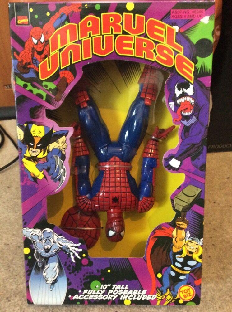 Marvel Universe 10  Fully Poseable Spiderman BNIB