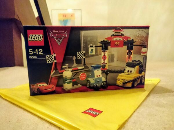 Lego Cars 8206 Tokyo Pit Stop-new & Sealed