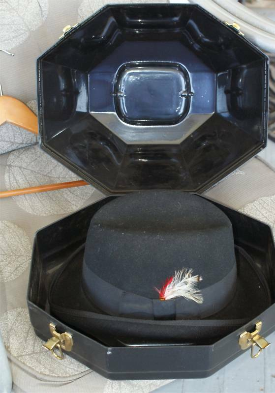 SHOW EQUESTRIAN HORSE RIDING  HAT FANCY  SIZE 7 3 8 BOX  at cheap