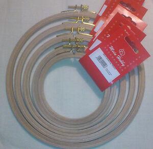 K-amp-G-HOLZ-STICKRING-STICKRAHMEN-MASCHINENSTICKRING-10-5-21-5cm-STELLSCHRAUBE