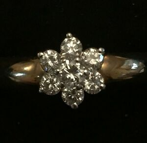18ct-Gold-Ring-1-16ct-Diamond-Surrounded-By-6-x-1-32-Ct-Diamonds-NEW-RRP-850