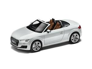 Genuine audi new tt roadster MK3 1:43 scale model voiture-glacier blanc 							 							</span>