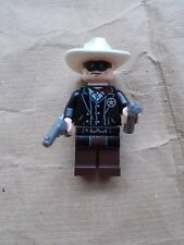 NEW LEGO THE LONE RANGER MINIFIGURE TLR001 WITH 2 REVOLVERS PISTOLS GUNS