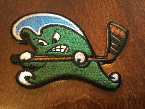 """TULANE GREEN WAVE Embroidered Iron On Patch Old Stock 2.5"""" X 2.5"""""""