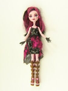 Monster High Draculaura Doll - Welcome To Monster High - Photo Booth Ghouls