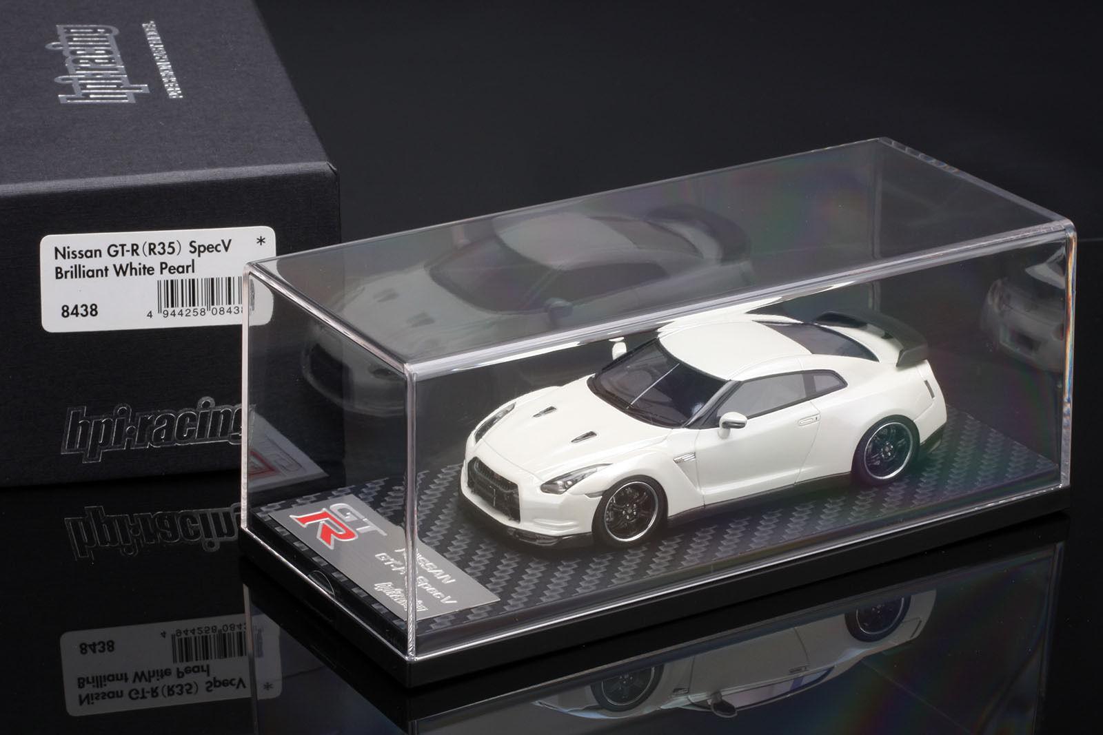 NISSAN R35 GT-R SpecV Brilliant White Pearl -- HPI HPI HPI  43 --  RESIN 06176f